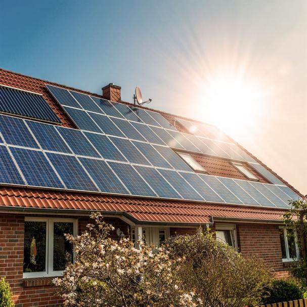 Sol - en populär energikälla bland svenskarna.