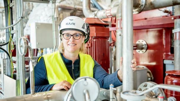 Genom att nyttja befintliga pannor kan Karlstads Energi producera förnybara bränslen mer effektivt. Det säger Linda Östberg, produktionschef, på Karlstads Energi.