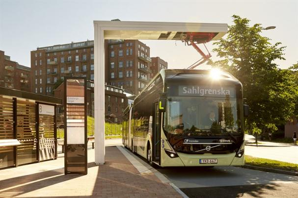 ABB laddar Volvobussar.