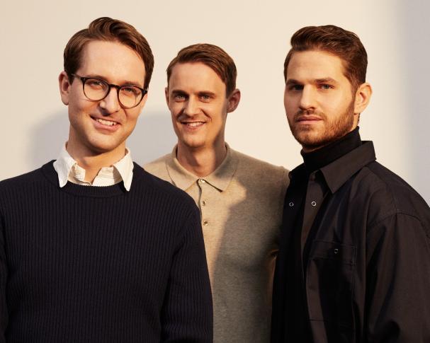 Svea Solars grundare, från vänster: Erik Martinsson, vd, Björn Lind, styrelseordförande och Nolan Grey, operativ chef.