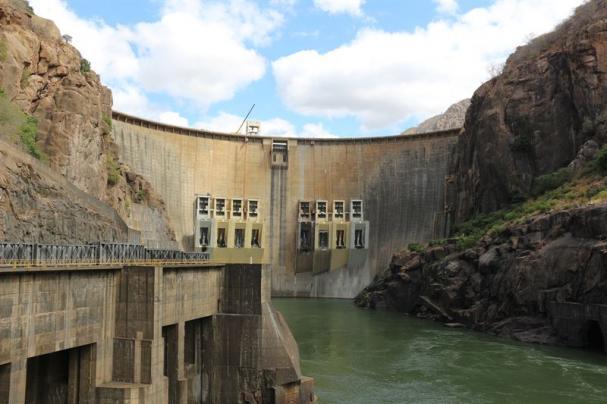 <span>Vattenkraftverket och dammen Cahora Bassa ligger i Zambezifloden i Moçambique. </span>