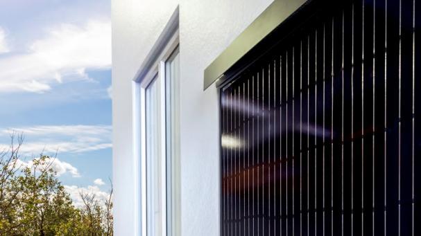 Yttervägg i betong ersätts med solpaneler(bilden är en illustration).