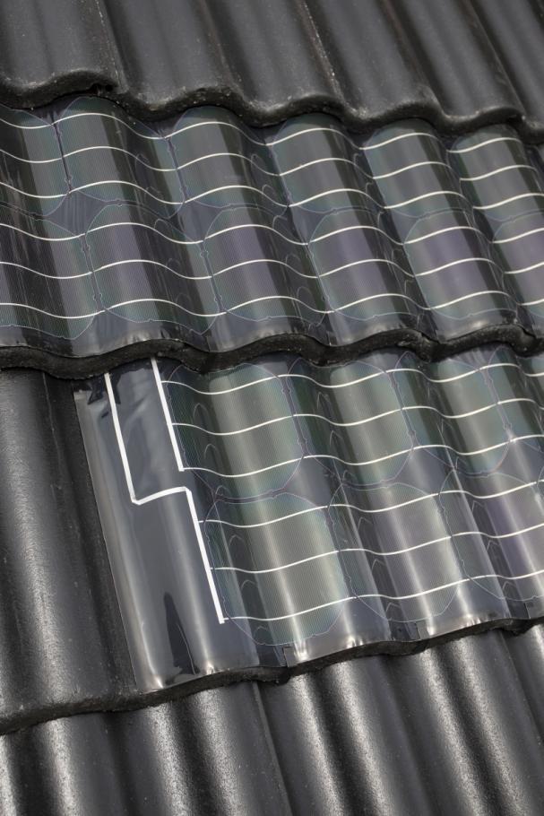 Under årets andra kvartal har Midsummer bland annat inlett ett samarbete med Benders,Sveriges största tillverkare av takpannor,och dess nya vågiga solpanel.