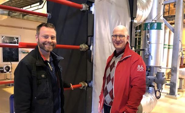 Anders Nilsson, energiingenjör på Höganäs AB, och Björn Nilsson, fjärrvärmeansvarig på Höganäs Energi AB.