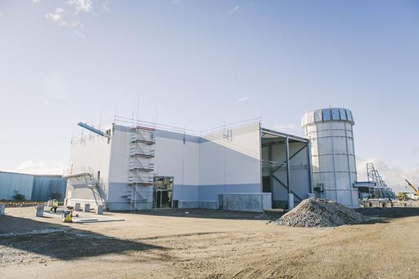 Pelletsfabriken, när den var under uppbyggnad.