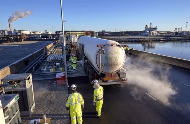 Nytt avtal mellan Swedegas och FordonsGas gör det enklare att bunkra flytande biogas, LBG, i Göteborgs hamn.