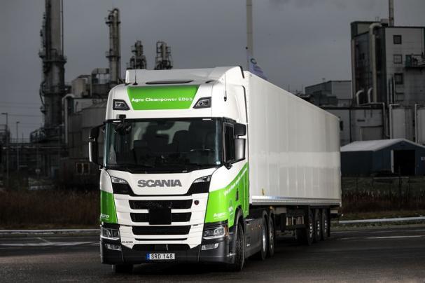 Lastbil Scania ED95.
