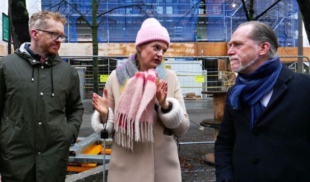 Daniel Helldén, tillsammans med Cecilia Wemming och Kristofer Fröjd från Ellevio.